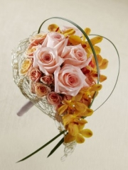 Peach Waterfall Bouquet