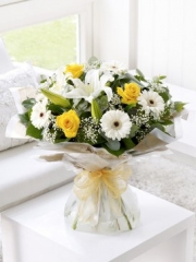 Lemon and White Hand-tied with Get Well Balloon
